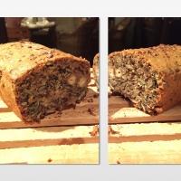 Brot aus Nüssen und Samen ohne Mehl - BOMBE!