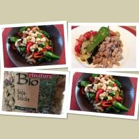 Sojaflocken-Gemüse-Pfanne - hoch an pflanzlichem Eiweiß und yummie!